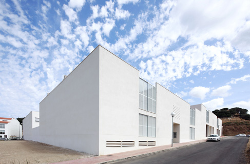 26 courtyard-houses, social housing, Es Mercadal, Menorca, 2006-2010